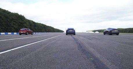 (影音) Jaguar I-Pace vs. Tesla Model X直線加速對決 這回誰勝出?
