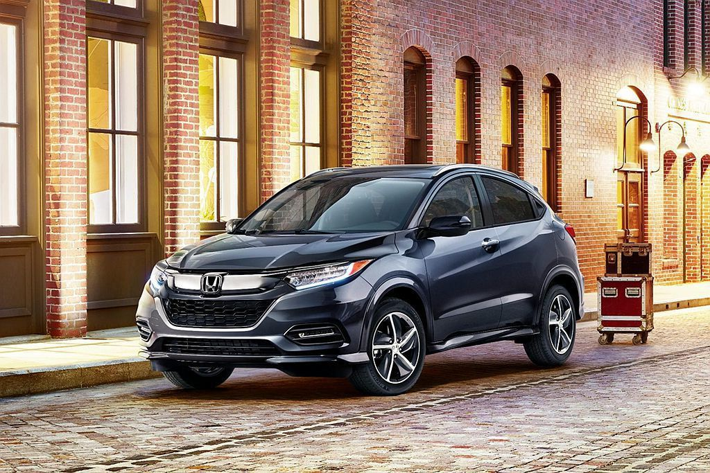 美規小改款Honda HR-V,車頭換上最新家族化Solid Wing水箱護罩。...