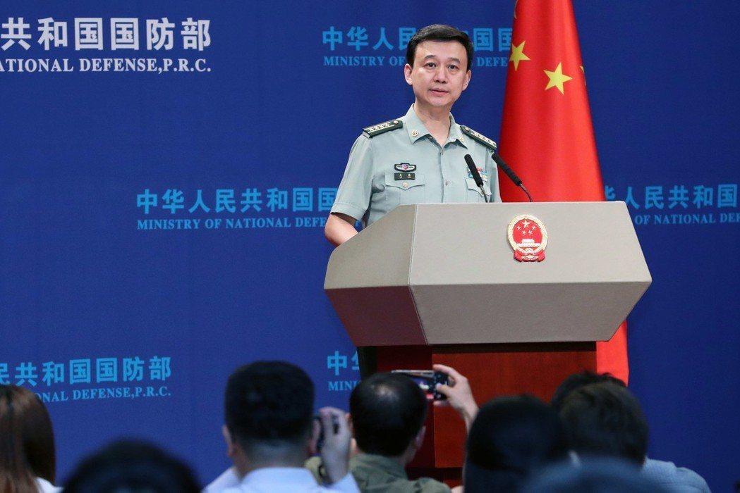中共國防部新聞發言人吳謙。 (中新社)