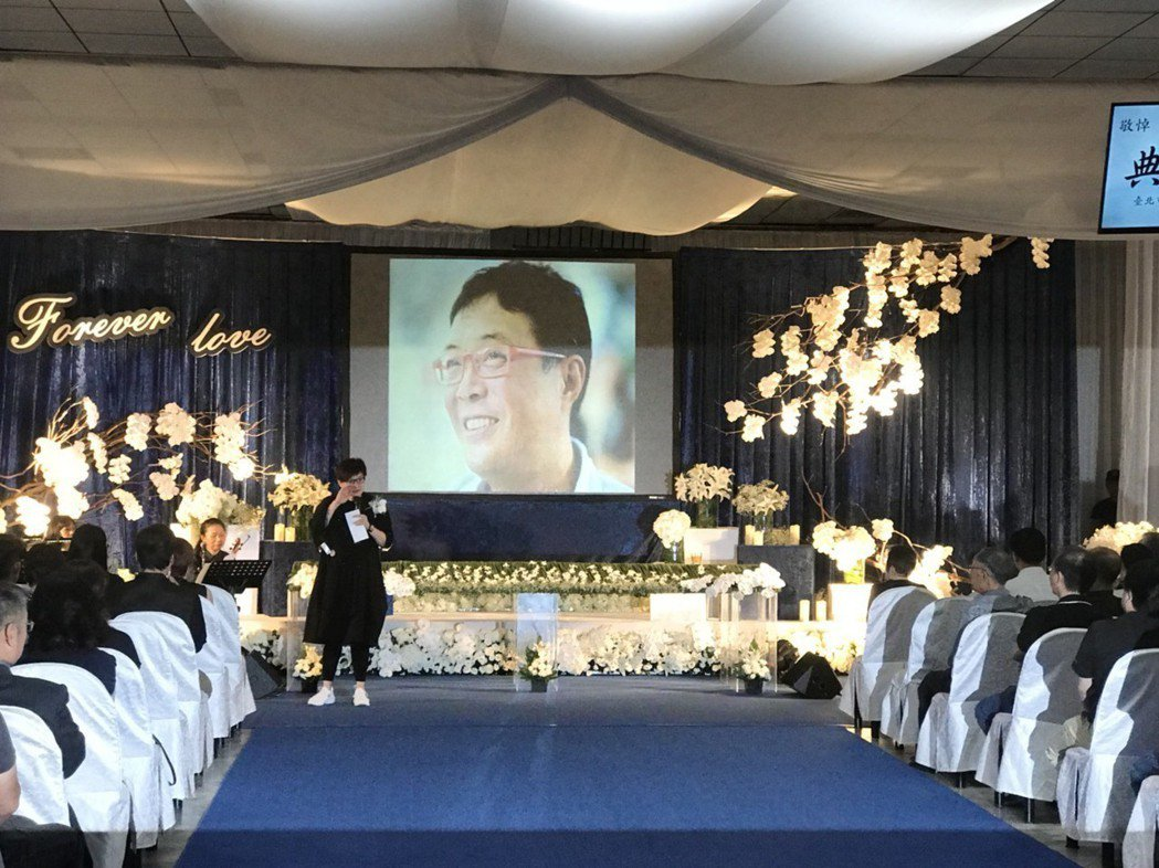 柯以敏演唱「月滿西樓」,她說老公非常喜歡她唱這首歌。記者梅衍儂/攝影