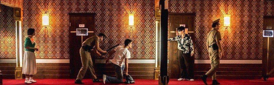 毛弟(右)在「鬥魚」電影版擔綱大反派。圖/多曼尼提供