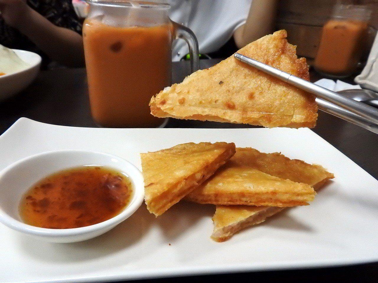 泰樂泰國料理的月亮蝦餅。記者祁容玉/攝影