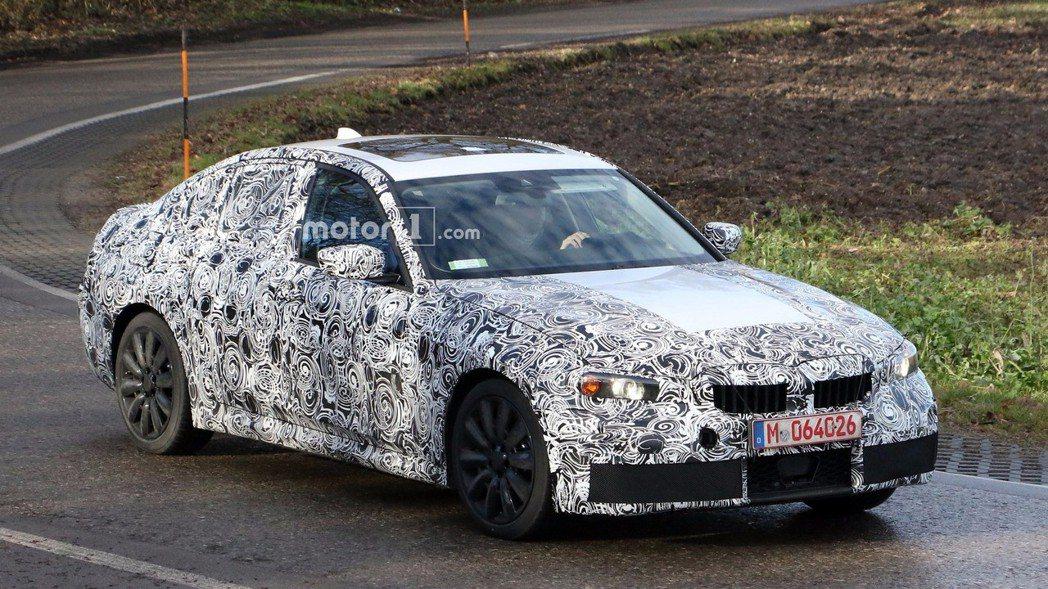 新世代BMW 3-Series(G20)目前正在緊鑼密鼓測試中。 摘自Motor 1