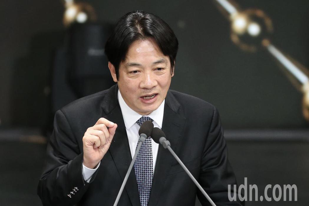 公共電視在國父紀念館舉辦「公視20 感謝有你」台慶晚會,行政院長賴清德出席致詞。