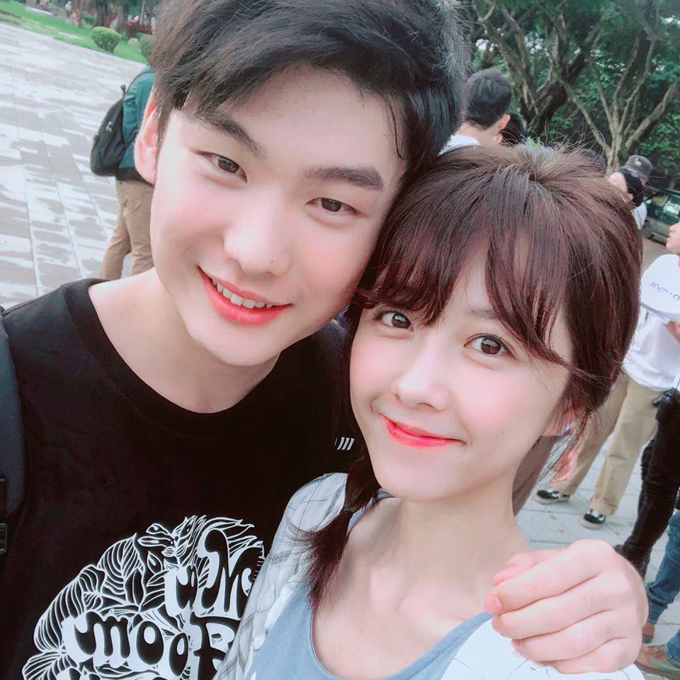 邵雨薇與2 年前演出弟弟的劉晉瑋再度合作。圖/摘自臉書