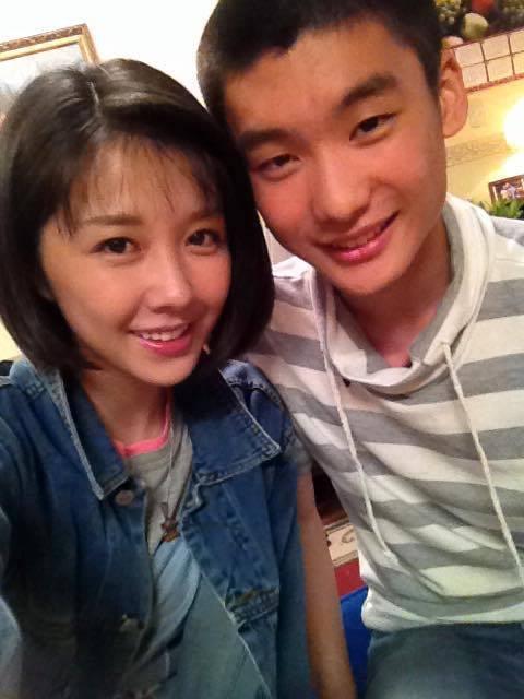 邵雨薇2年前與劉晉瑋演出姐弟。圖/摘自臉書
