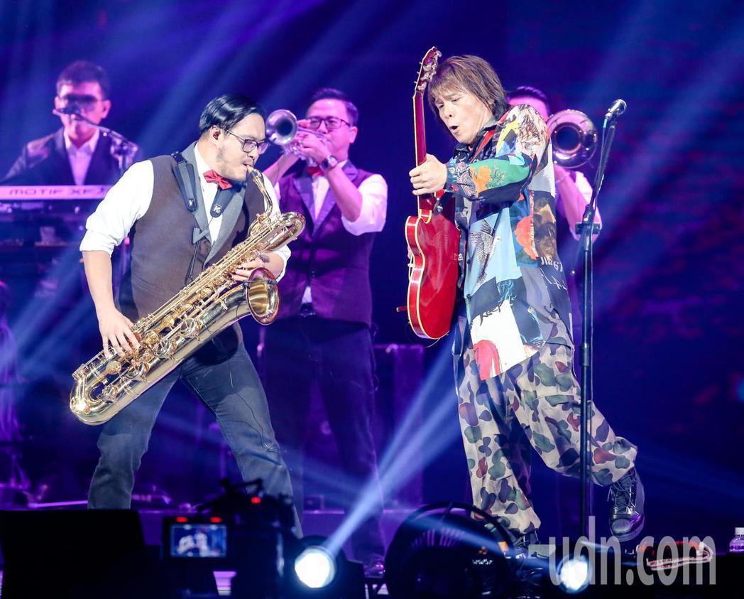 伍佰&China Blue今天舉行2018透南風演唱會。記者鄭清元/攝影