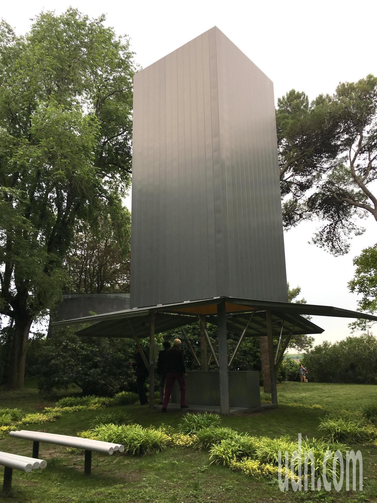 澳洲建築師戈森爾( Sean Godsell) 的小教堂有如機器般可開合。記者何...