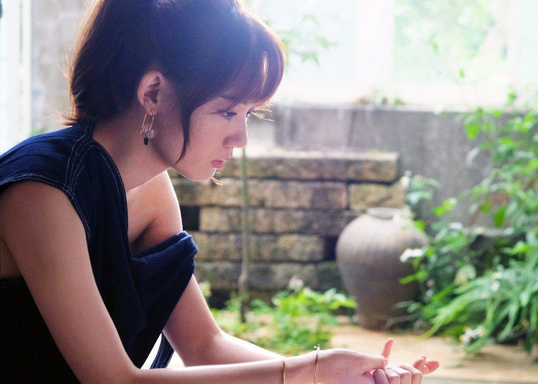 王笠人的新歌「陶瓷」被點名成偶像劇「前男友不是人」的插曲。圖/福茂提供