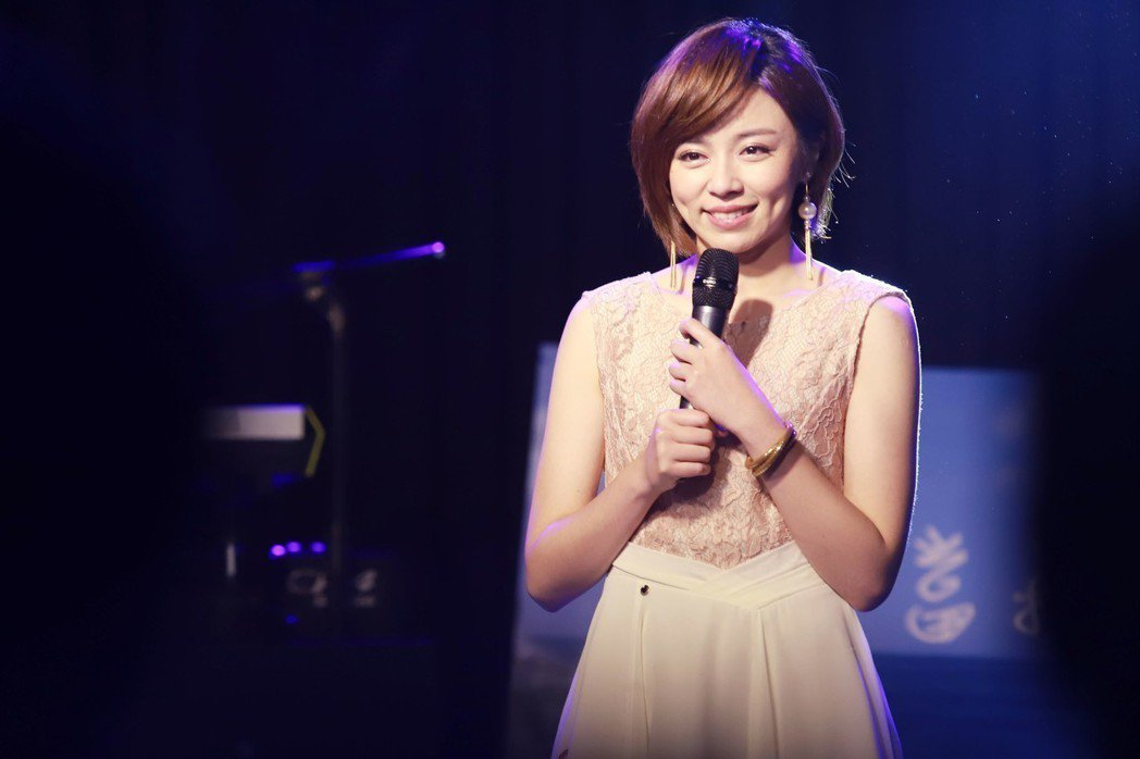 王瞳拍攝「幸福來了」殺青戲。圖/民視提供
