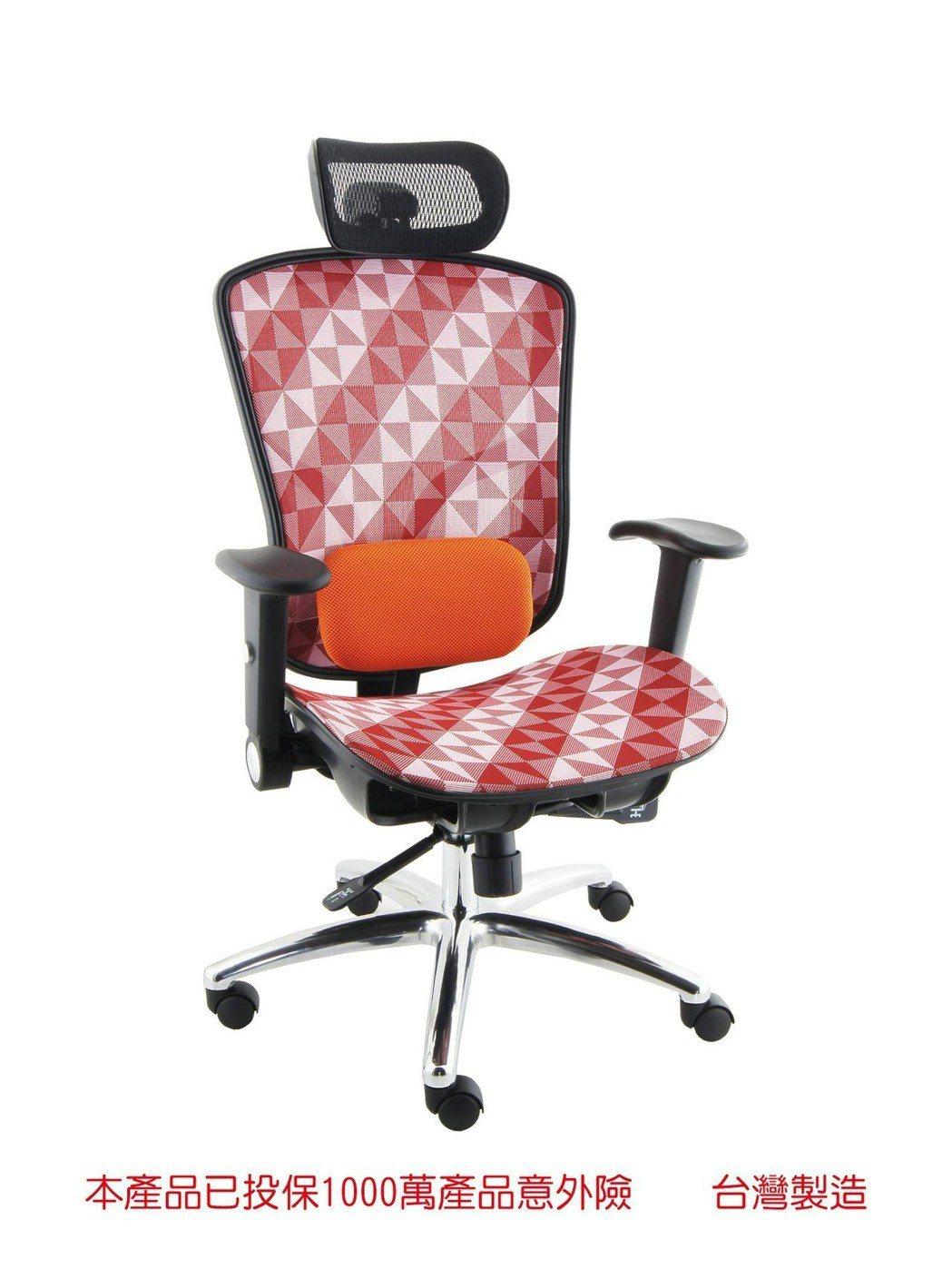 勝家聖全新開發CSE-1668EAD多功能辦公椅。 勝家聖/提供