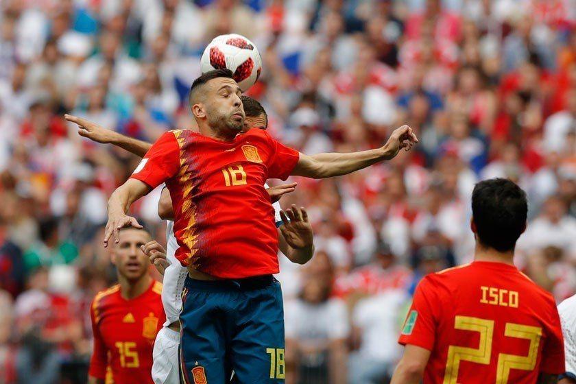 西班牙實力超群,對俄羅斯之戰掌控了全場近3/4的球權,最後竟然還無法贏球,實在讓...