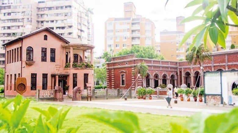 林懋陽故居有合院、洋樓以及陪伴此處70 年的眷舍,每個時期留下獨特痕跡與故事。 ...