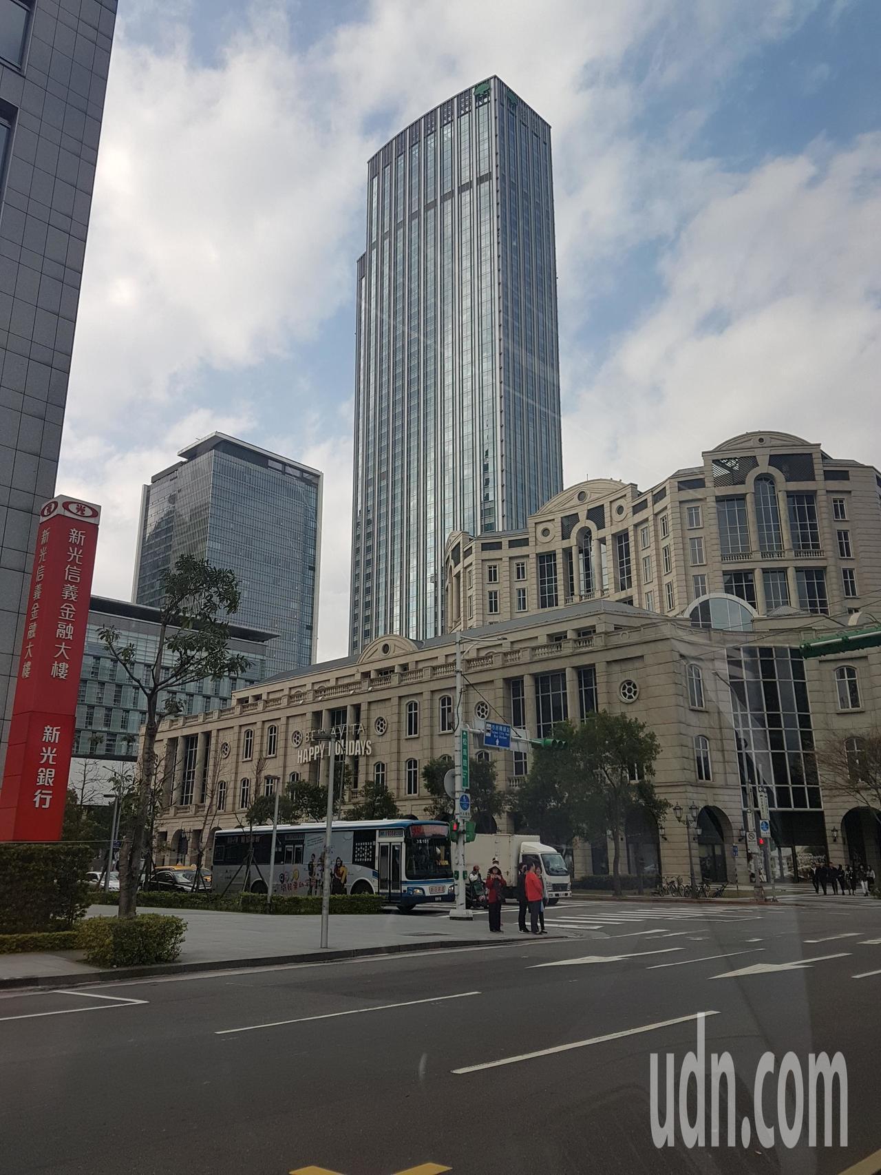 台灣房屋表示,今、2018上半年六都房市,總交易棟數達10萬3374棟,較去年上...