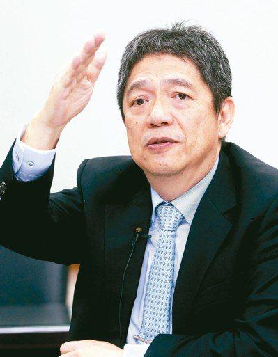 東台精機董事長嚴瑞雄