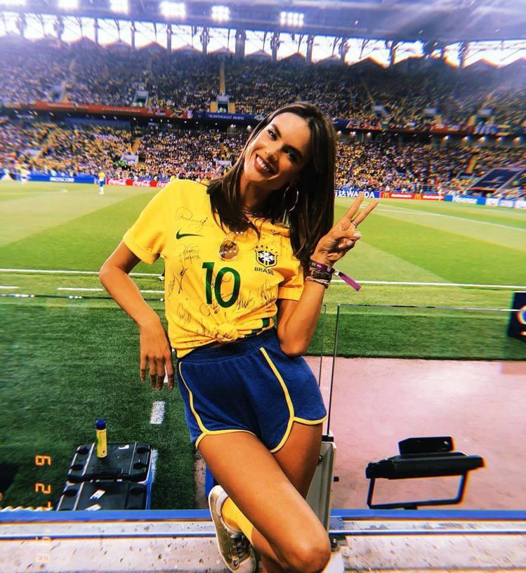 巴西超模Alessandra Ambrosio。圖/擷自instagram