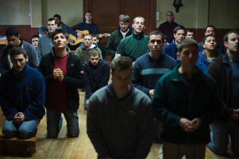 柏林影展榮獲最佳男演員銀熊獎的了「與神同行的少年分」(The Prayer)1日在台北電影節盛大舉行首映,全場觀眾靜靜聆聽片尾聖歌,久坐不散,並在映後許多人驚喜大呼「太精采」,深深為年輕影帝安東尼巴...
