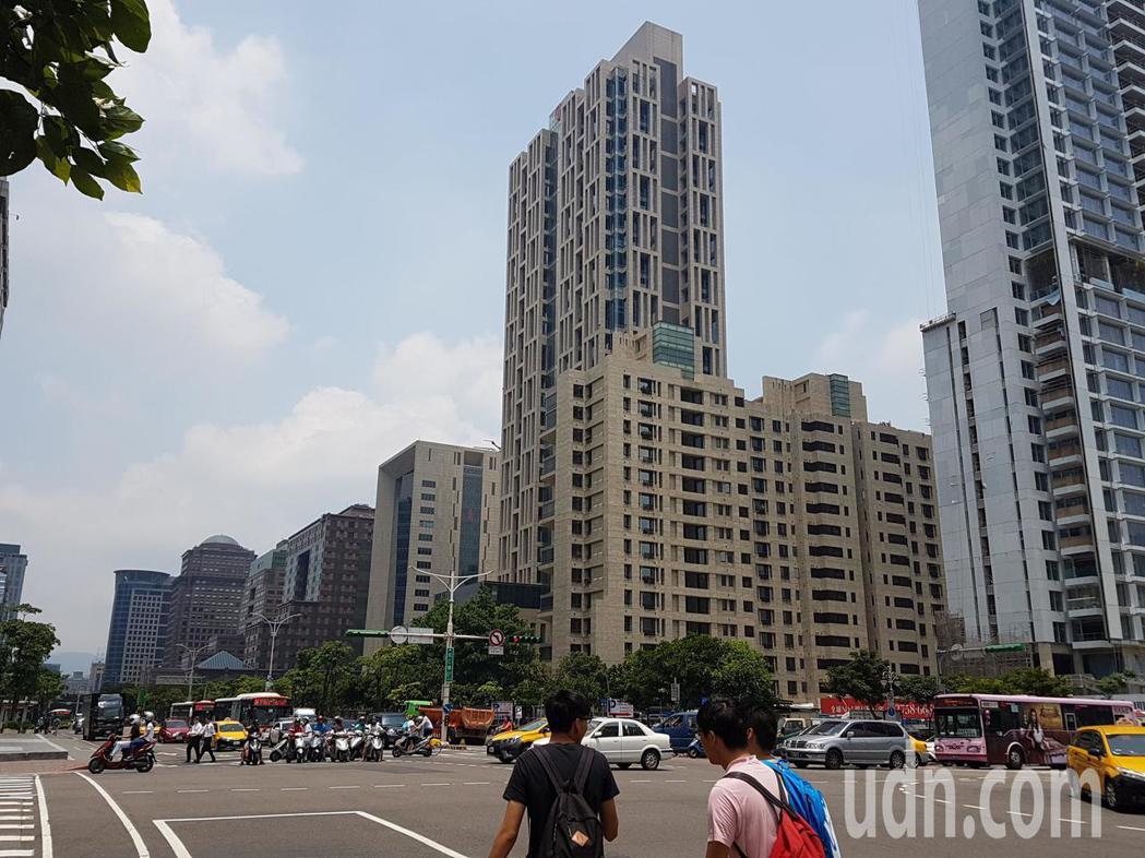 匯豐集團今天(3日)發布「磚瓦之上、家的價值」最新報告,發現有67%、2/3的台...