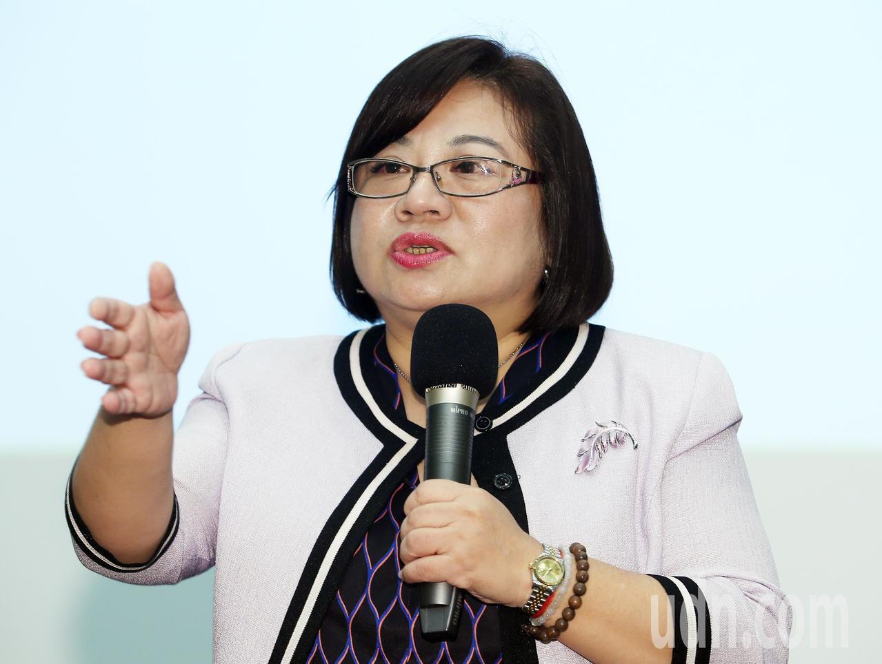 由勞動部主辦的「善用女力,提升企業競爭力」高階主管座談會,今天在台北國際會議中心...