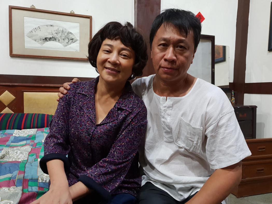 王彩樺、游安順戲裡演出無緣攜手到老的夫妻。圖/民視提供