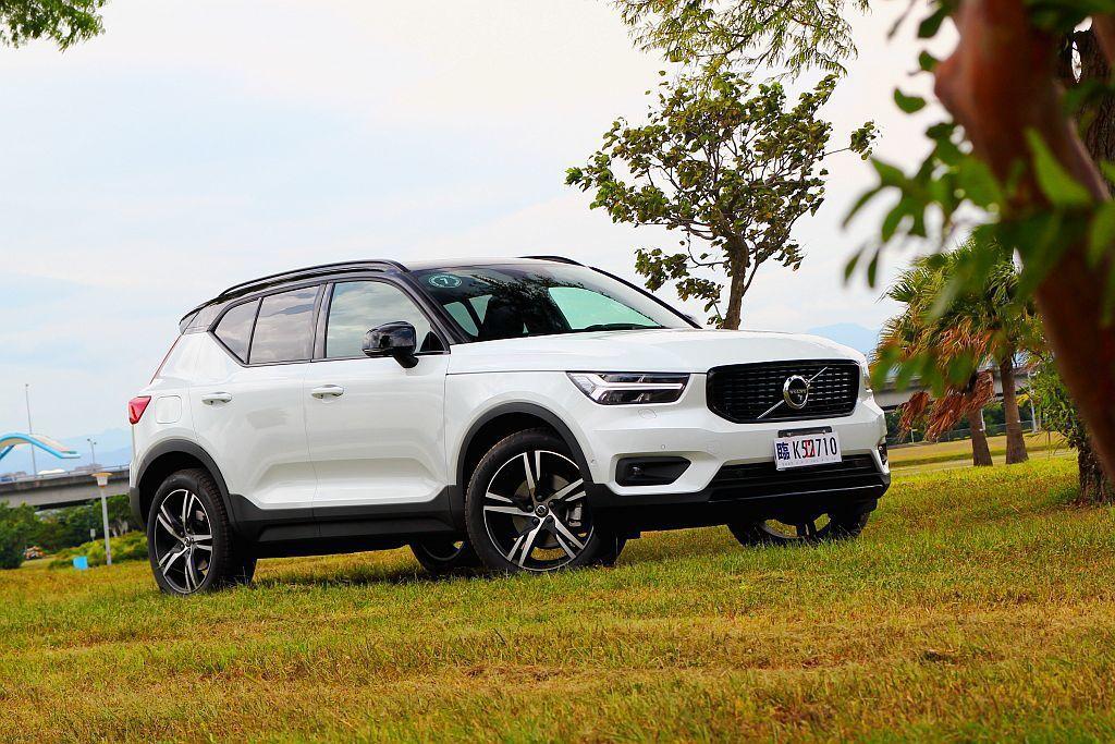 全球熱銷且缺車的狀況下,Volvo XC40終於在7月初舉辦媒體試駕活動。 記者...