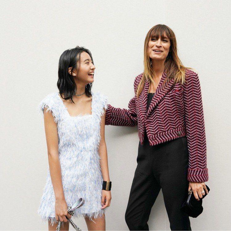木村光希(左)與超模卡洛琳德麥格雷特(右)。圖/擷自instagram