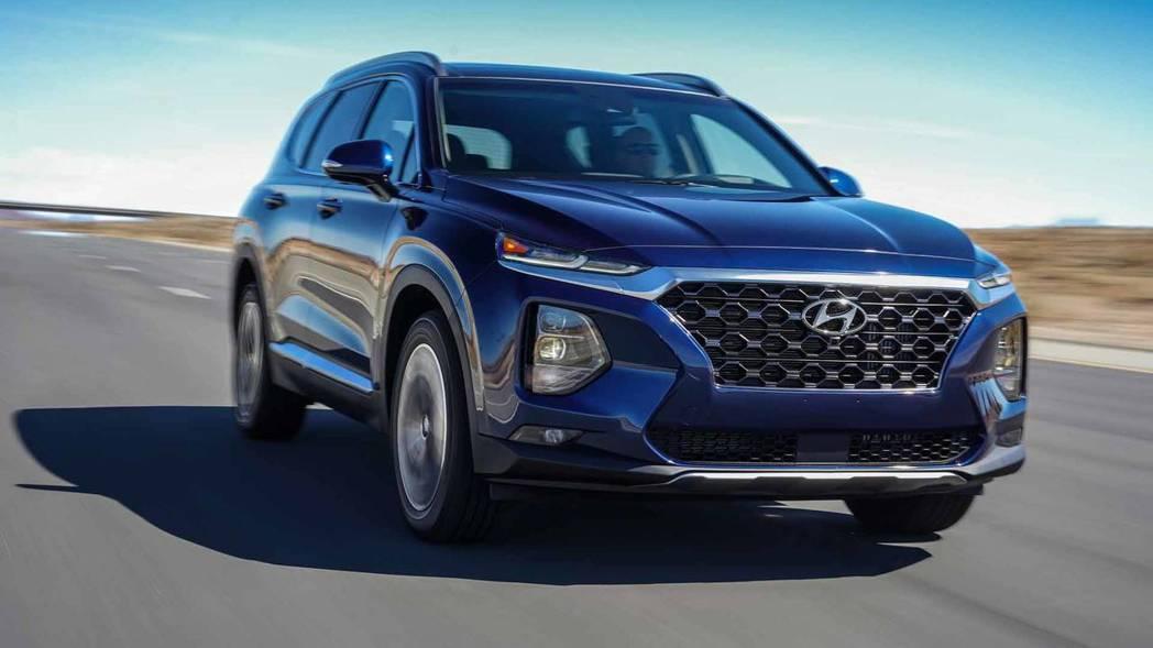 全新第四代Hyundai Santa Fe。 摘自Hyundai
