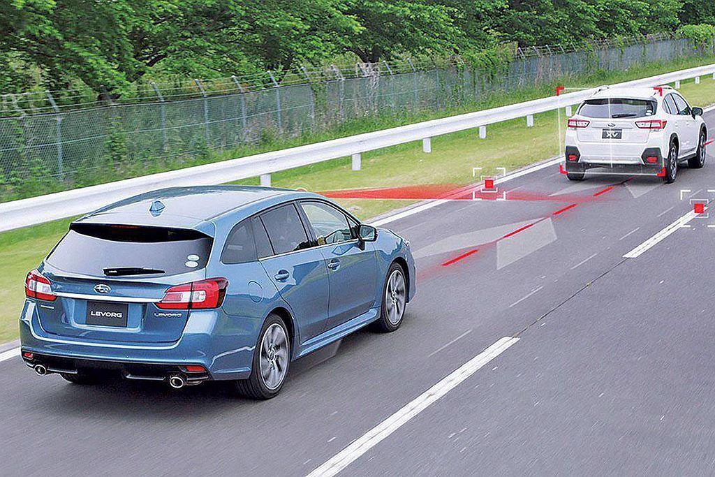 EyeSight智能駕駛安全輔助系統包含PCB預防碰撞自動煞車、ACC主動車距控制定速巡航、PCTM預防碰撞油門控制、LVSA前車駛離警示、LDW車道偏離警示及LSW車道偏擺警示等。 圖/Subaru提供