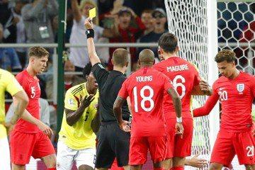 世足四場送對手2點球 哥倫比亞桑契斯毛燥鑄大錯