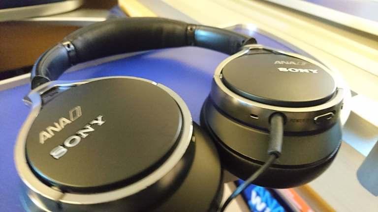 耳機是用Sony的,小弟身為Sony控,看到就要給個讚 圖文來自於:TripPl...
