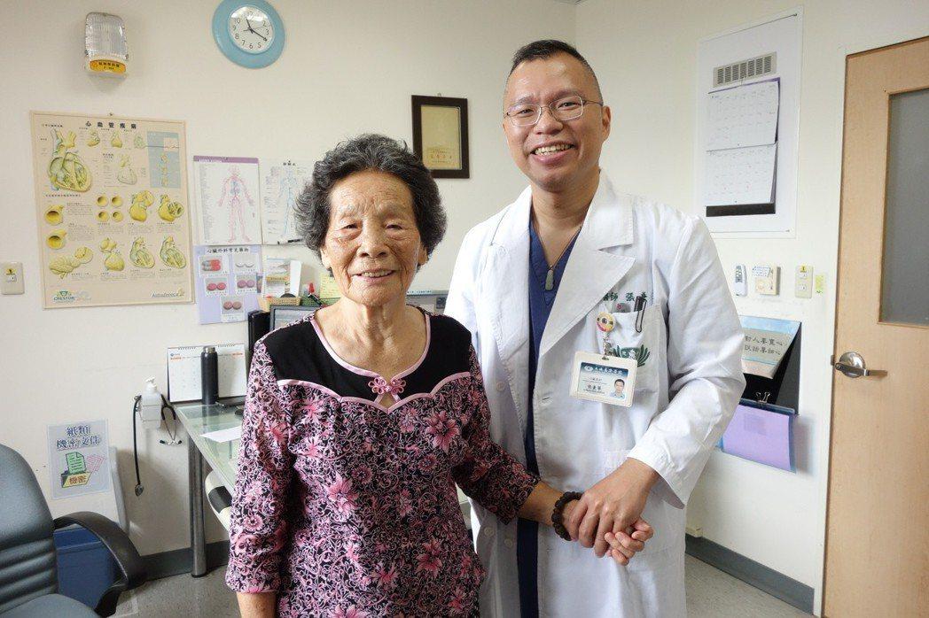 微創「經導管主動脈瓣置換術」,救回心衰竭阿嬤。圖/大林慈濟醫院提供