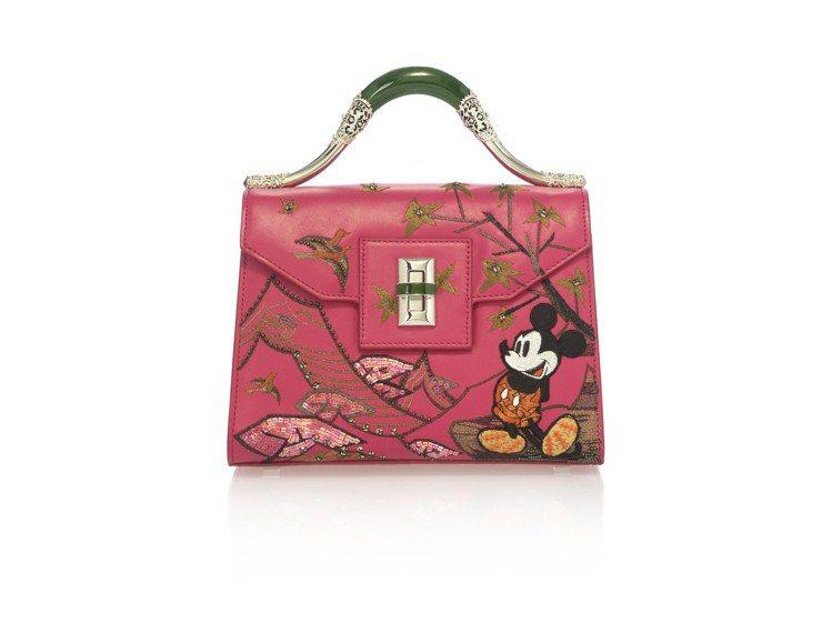 玩味異境迪士尼米奇刺繡玉鐲牛皮、山羊皮提包,售價64,800元。圖/夏姿提供