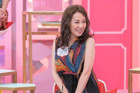 國外反對性騷擾的運動正流行,其實,台灣女星也經常遇到令人不舒服的事,況明潔說她曾經差點遭工作人員性侵,還好當時「城市少女」的搭檔黃雅珉解救才脫險。而王思佳無奈說,「若是在工作場合,要當眾指責對方,因...