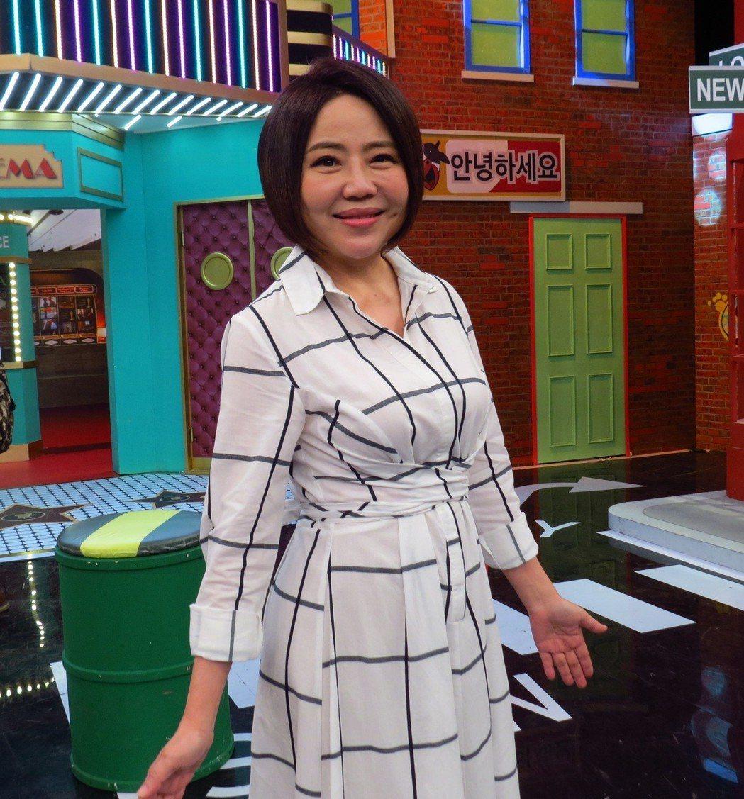 于美人今錄衛視中文台「請問你是哪裡人」。圖/衛視中文台提供
