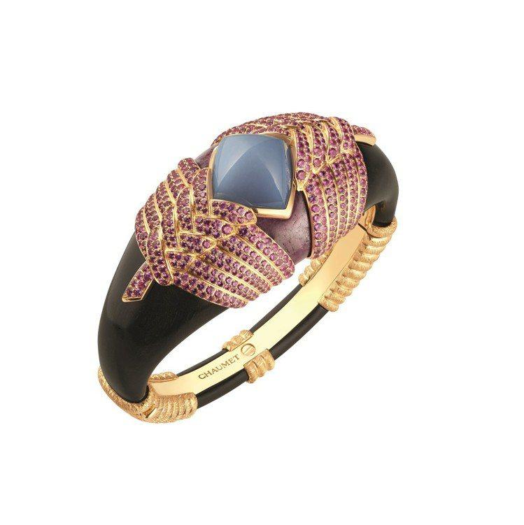 Talismania手鐲結合非洲裝飾藝術和寶石守護能量意涵,黃金鑲嵌7 克拉的S...