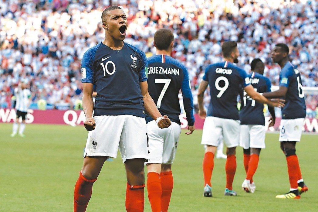 在十九歲新秀姆巴佩(左)帶領下,法國備受期待。 (美聯社)