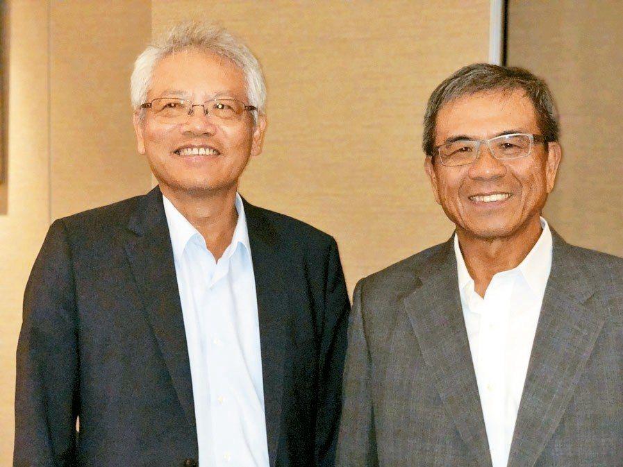 仁寶副董事長陳瑞聰(右)與新任總經理翁宗斌。 記者蕭君暉/攝影