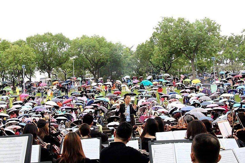 台北市民交響樂團定期在國家音樂廳表演,至今已達70餘場。 台北市民交響樂團/提供