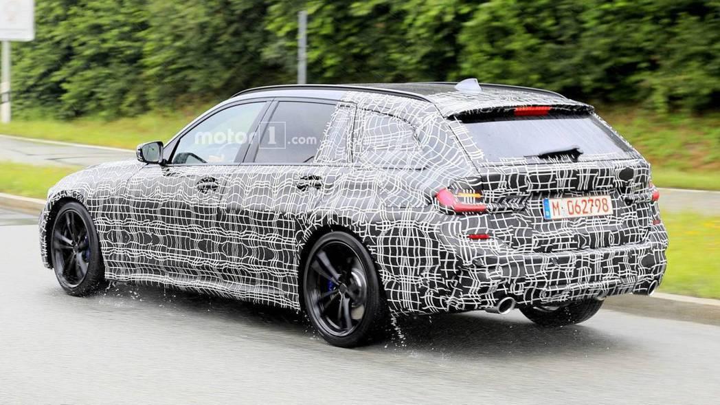 圖為新世代BMW 3-Series Touring測試車。 摘自Motor 1