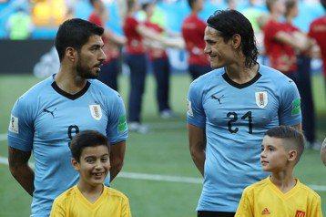 蘇亞雷斯、卡瓦尼雙槍受傷 烏拉圭改以死守對抗法國?