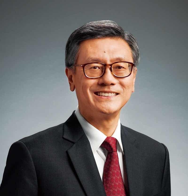 ▲新加坡國立大學校長陳永財教授認為大學應有更多創新的經營、教學與研究想法。更建議...