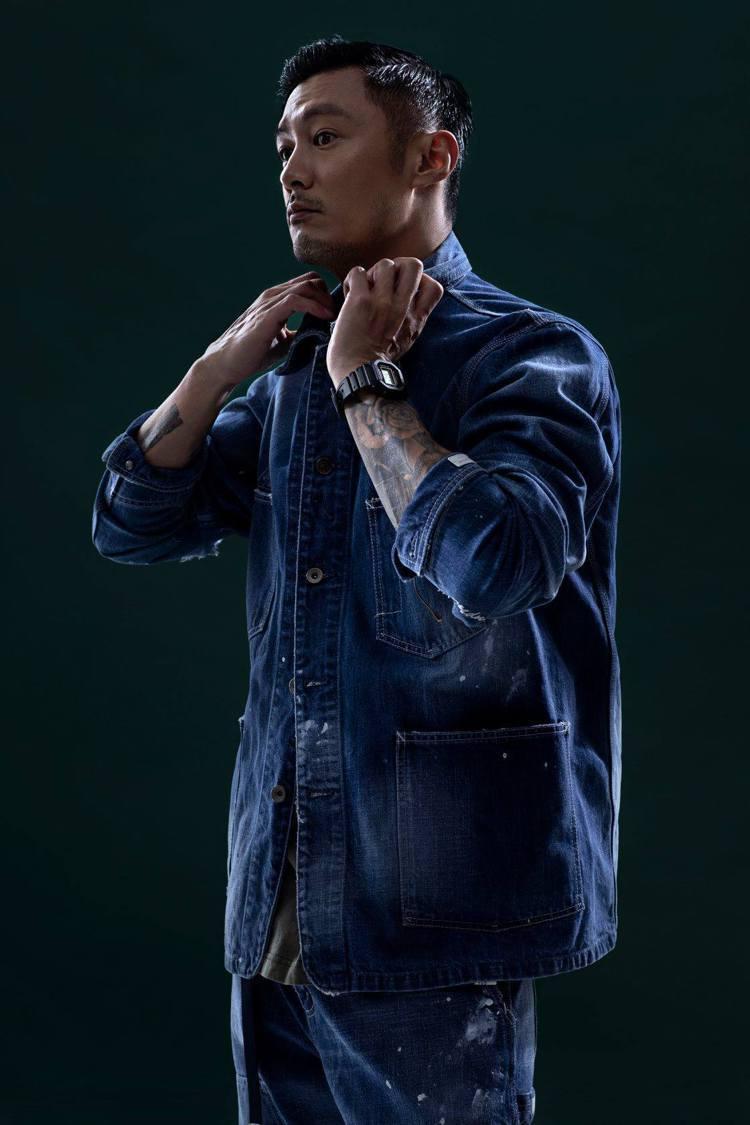 余文樂親自詮釋與G-Shock聯名的表款。圖/Casio提供