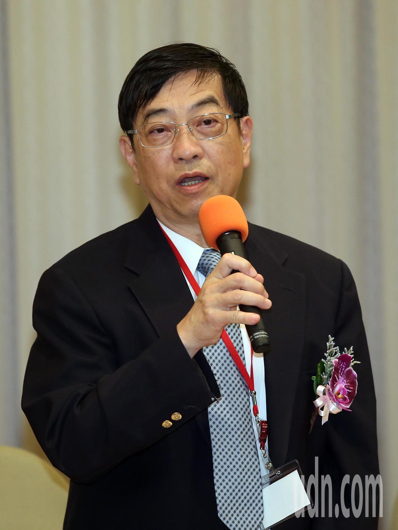 中研院下午由院長廖俊智公布新科院士,共21位院士榮獲殊榮,出席的包括中研院物理所...