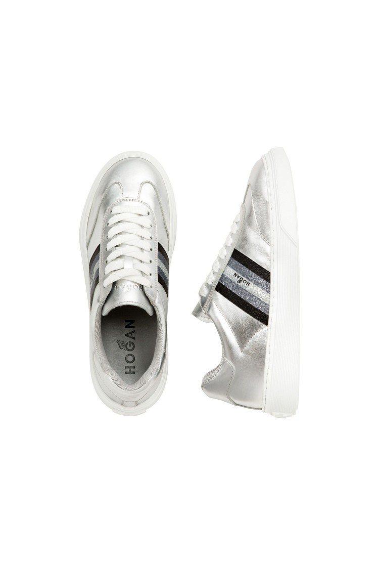 H365金屬銀色皮革休閒鞋,售價14,000元。圖/HOGAN提供