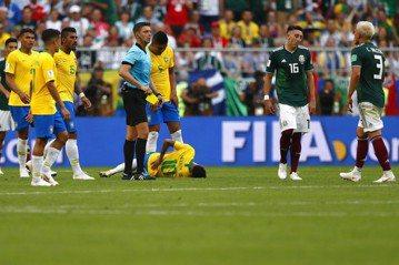 內馬爾愛假摔 巴西主帥過去曾批是壞榜樣