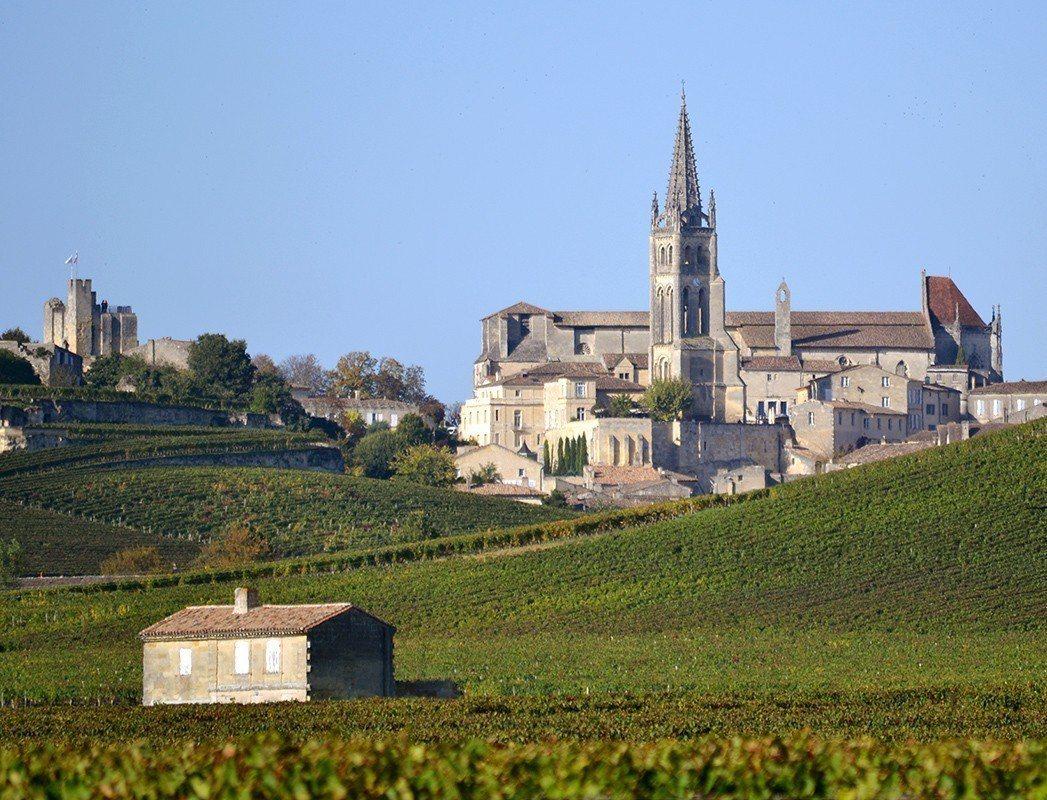 法國波爾多是出了名的葡萄酒地區,位於右岸的聖愛美濃Saint-Emilion更是...