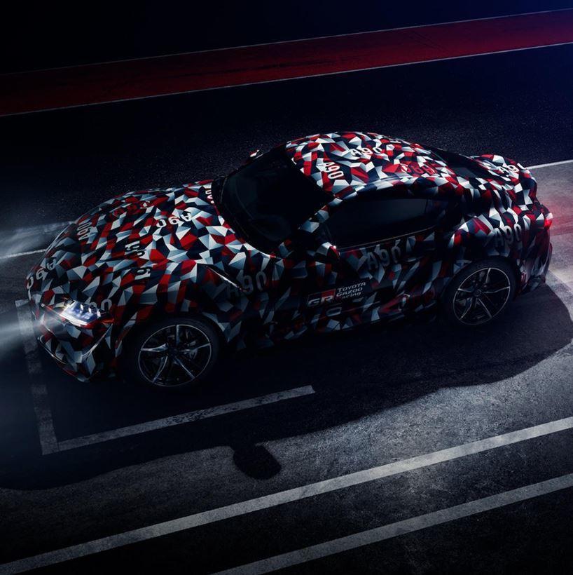 新世代Toyota Supra這回的偽裝貼紙不一樣,有望在下周正式發表嗎? 摘自...