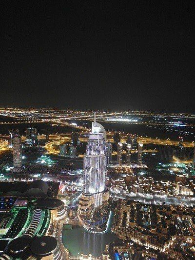 杜拜塔俯瞰夜景 圖片來源/聯合報系