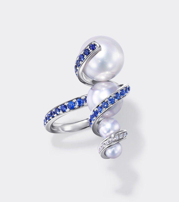 TASAKI Atelier Aurora 南洋珍珠藍色剛玉戒指。圖/TASAK...