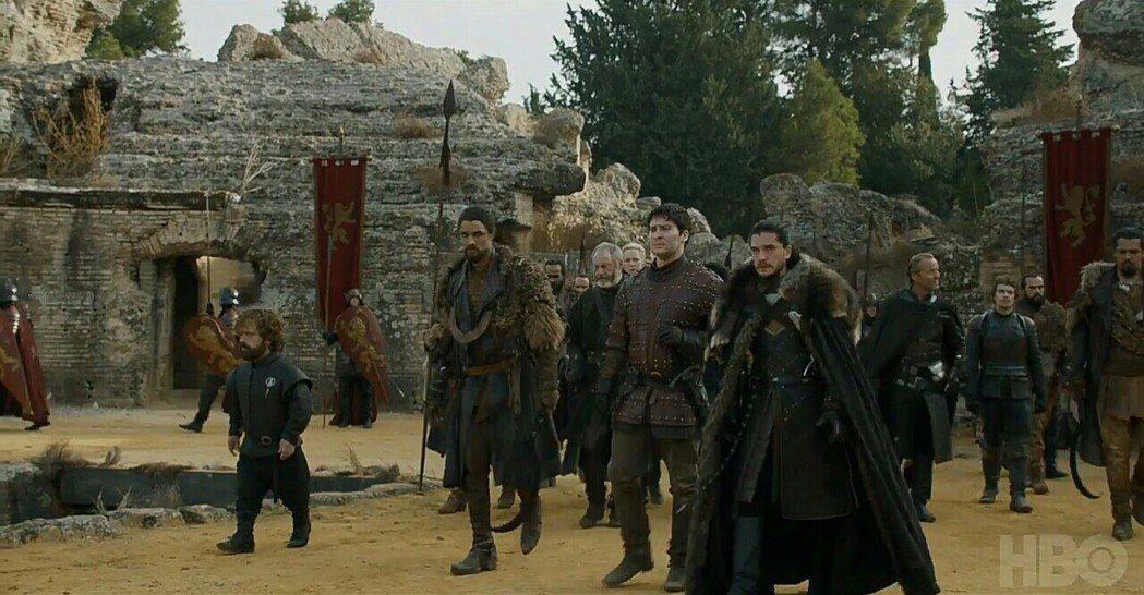 「冰與火之歌:權力遊戲」全球轟動,今年重返艾美獎戰場。圖/摘自HBO